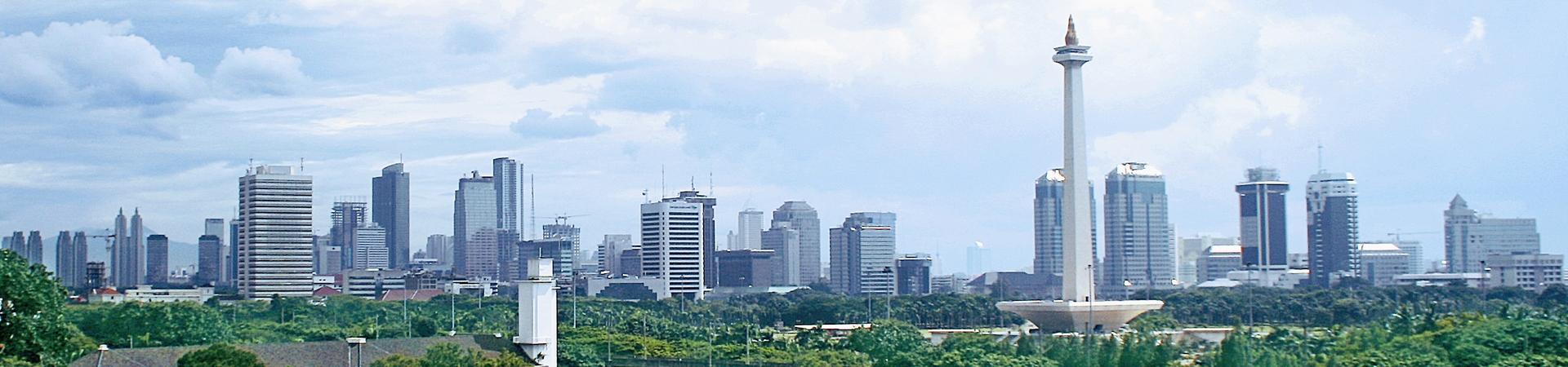 Background: Monas Jakarta